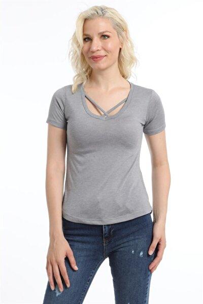 Kadın Gri V Yaka Çapraz Şerit Tişört
