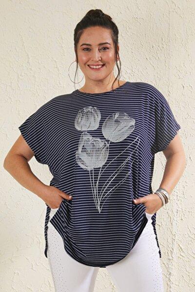 Kadın Lacivert Büyük Beden Salaş Çizgili Lale Baskılı T-shirt