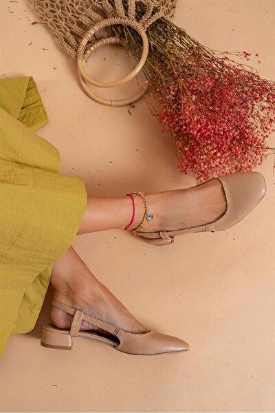 Kadın Bej Deri Alçak Topuklu Ayakkabı