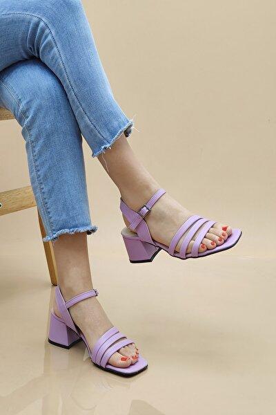0122 Kadın Sandalet