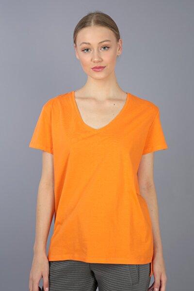 Basic - %100 Pamuk V Yaka Örme T-shirt