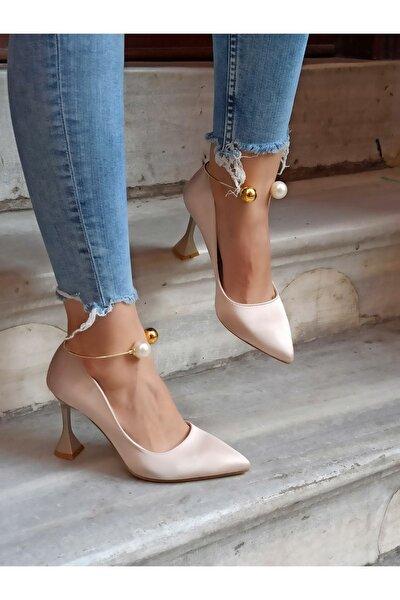 Kadın Ten Saten İnci Bileklikli  Şampanya Topuk  Ayakkabı 9 cm
