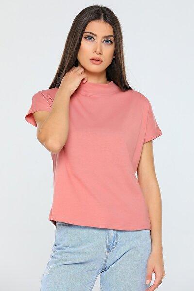 Kadın Gül Kurusu Yarım Boğazlı Crop T-shirt
