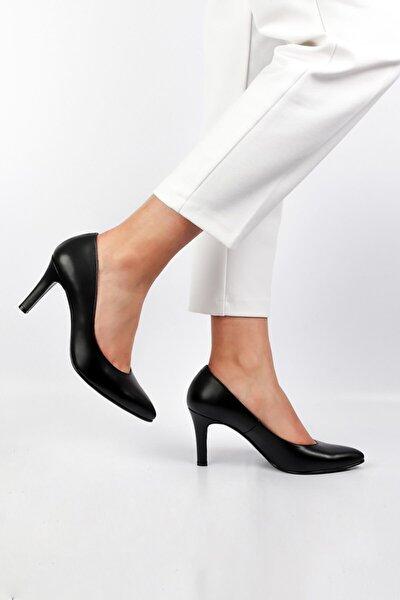 Kadın Siyah  Hakiki Deri Topuklu Ayakkabı