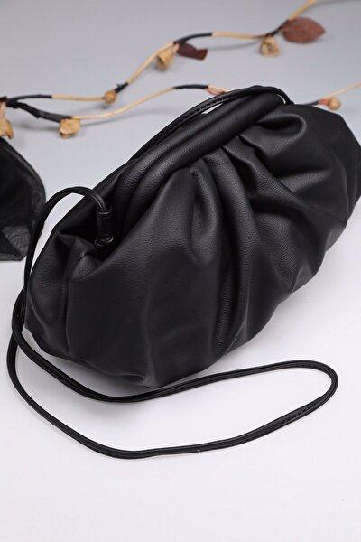 Kadın Siyah İp Askılı Büzgülü Kilitli Çanta
