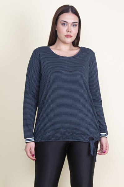 Kadın Yeşil Etek Ucu Detaylı Bluz 65N21067