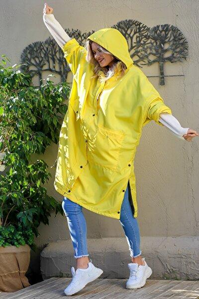 Kadın Sarı Oversize Yanı Çıtçıt İçi Polar Astarlı Cepli Kapüşonlu Retro Ceket M10210100CE99156