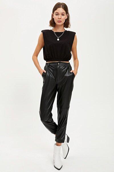 Kadın Black Red Deri Görünüm Jogger Pantolon R6071AZ20AUBK