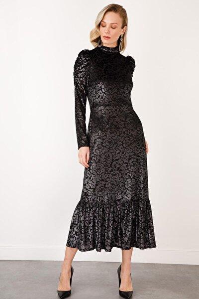 Kadın Siyah Dik Yaka Desenli Kadife Elbise