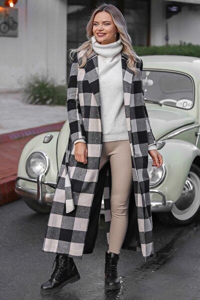Kadın Siyah-Ekru Klasik Ceket Yakalı Ekose Cepli Astarlı Yırtmaçlı Uzun Kaşe Kaban M10210200KA99841