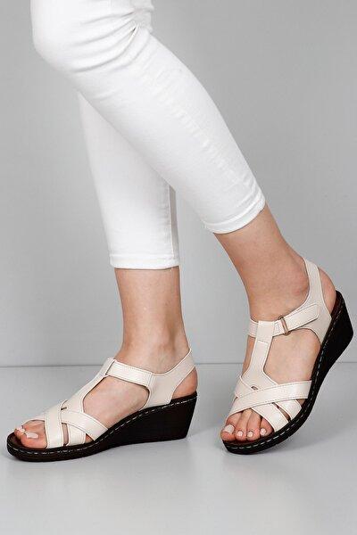 Kadın Bej Sandalet 45111