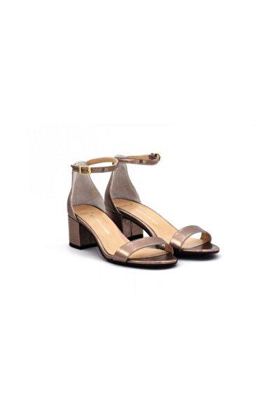 Kadın Altın Topuklu Sandalet
