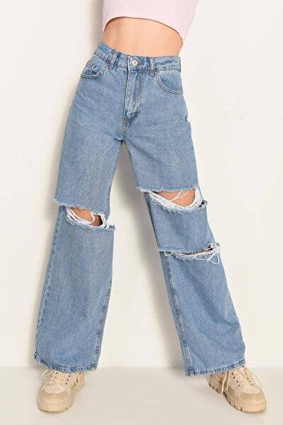 Kadın Mavi Renk Salaş Yırtık Jean Pantolon