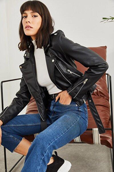 Kadın Siyah Kolları Fermuarlı Deri Ceket
