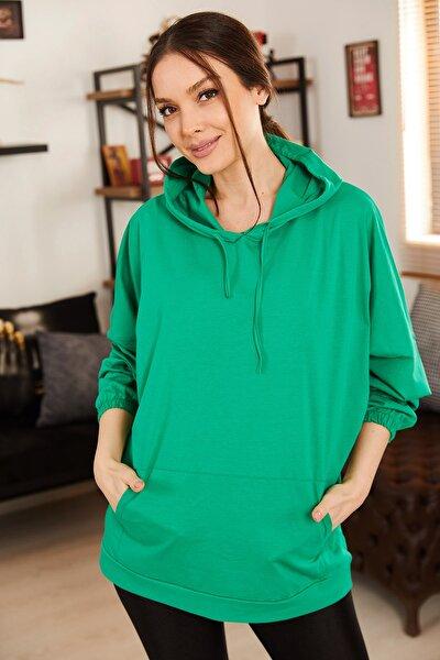 Kadın Yeşil Kapişonlu Cepli Sweatshirt ARM-21K024027