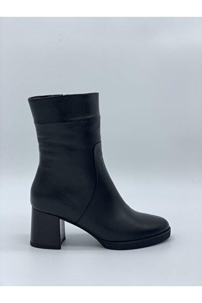 Kadın Siyah Hakiki Deri Topuklu Çizme