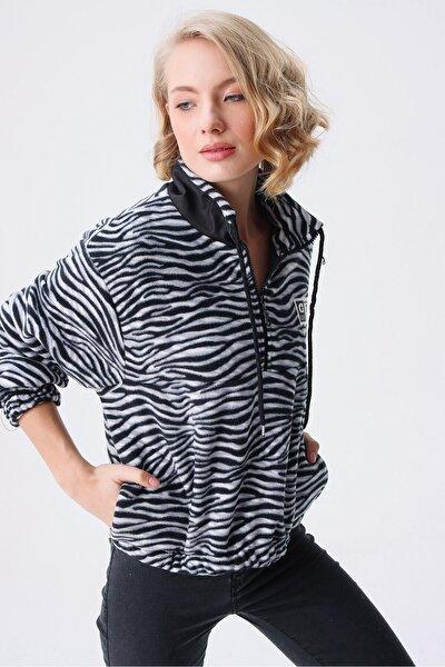 Kadın Siyah Beyaz Zebra Desen Sweat
