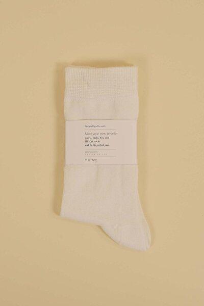 Kadın Ekru Düz Soket Çorap