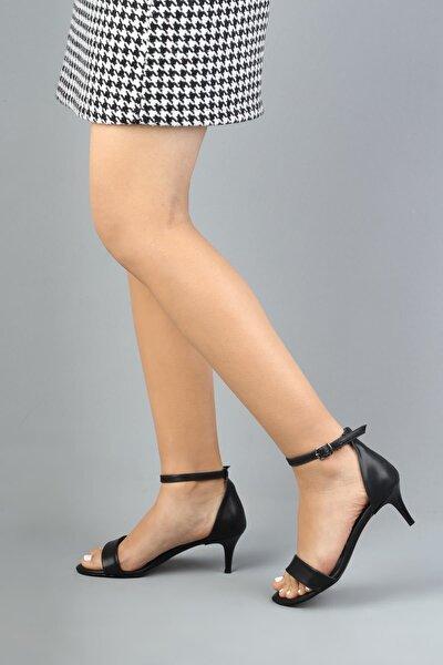 Kadın Siyah Tek Bantlı Kısa Topuk Ayakkabı - Aysa
