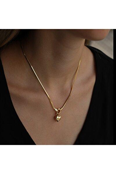 Kadın Kalpli Yılan Desenli Zincir Altın Kolye