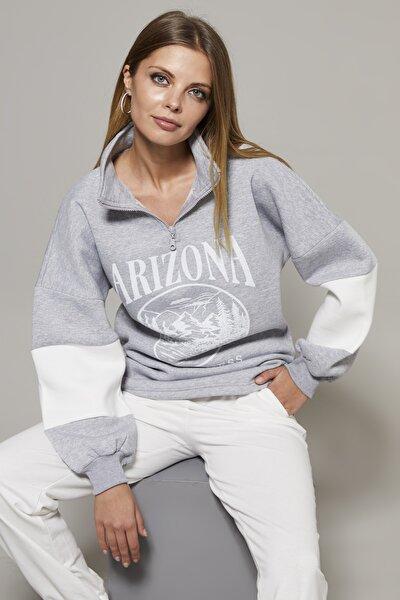 Kadın Gri Önü Baskılı Fermuarlı Üç İplik Sweatshirt KY01