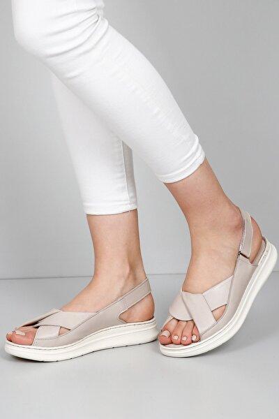 Kadın Bej Hakiki Deri Sandalet 45411