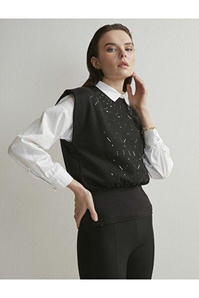 Kadın Siyah Desenli Kolsuz Vatkalı Bluz
