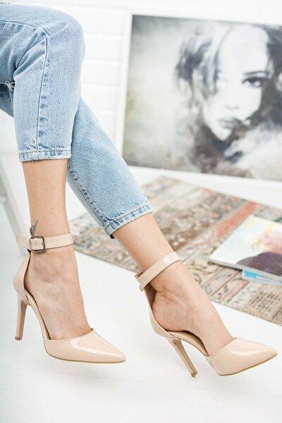Nude Rugan Sivri Burun Kadın Topuklu Ayakkabı Stiletto