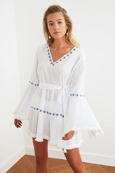 Beyaz Şerit Detaylı Vual Plaj Elbisesi TBESS21EL1253