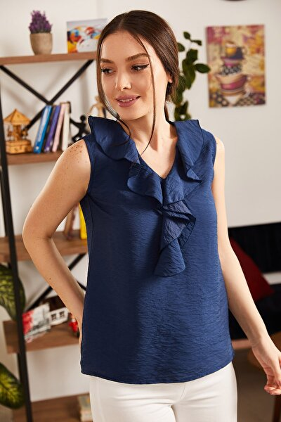 Kadın Lacivert Yakası Fırfırlı Kolsuz Bluz ARM-21K001184