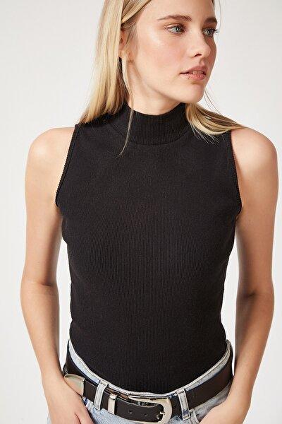 Kadın Siyah Boğazlı Pamuklu Örme Bluz GT00004