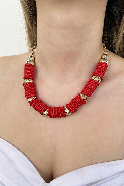 Kadın Kırmızı Özel Tasarım Boncuk Detaylı Kolye