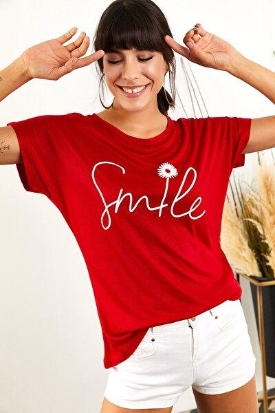 Kadın Kırmızı Smile Salaş T-Shirt TSH-19000351