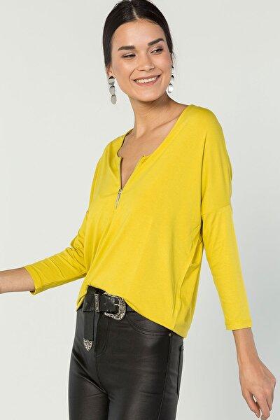 Kadın Sarı Önden Fermuar Detaylı Bluz