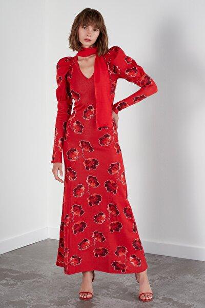 Kadın Kırmızı Multi Çiçekli Balon Kol V Yaka Triko Elbise