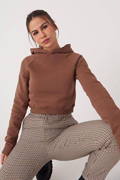 Kadın Kahverengi Kapüşonlu Kısa Sweat S0712 - K6 Adx-0000020157