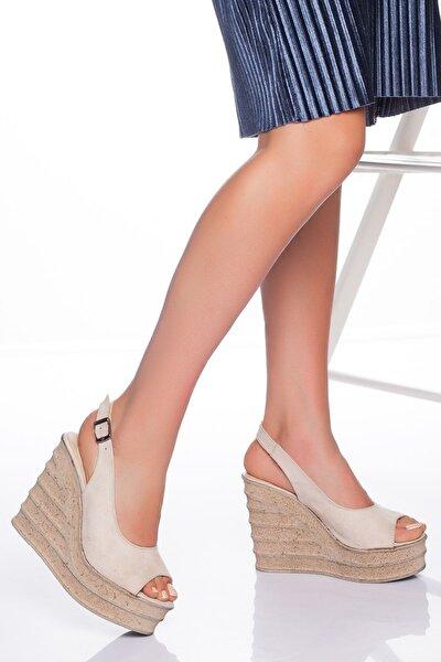 Kadın Bej Süet Dolgu Topuklu Ayakkabı