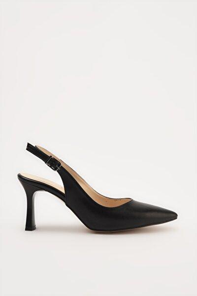 Siyah Kadın Klasik Topuklu Ayakkabı 01AYH214420A100