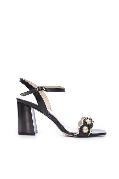 Hakiki Deri Siyah Kadın Topuklu Ayakkabı 94 321 BN AYK