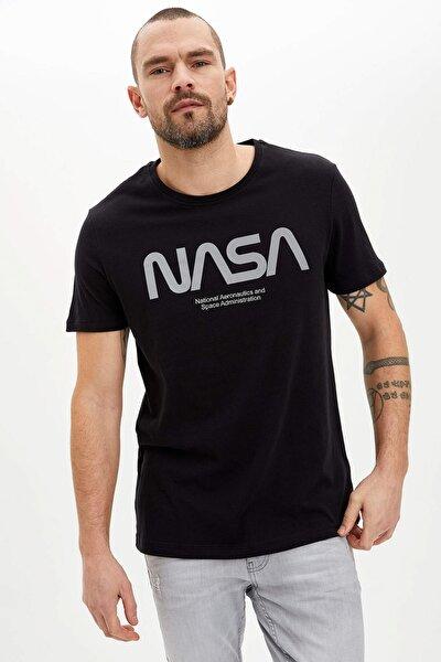 Erkek Siyah NASA Lisanslı T-shirt N8867AZ.20SM.BK27