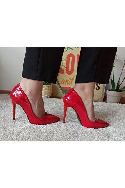 Kadın Kırmızı Rugan Stiletto Ayakkabı