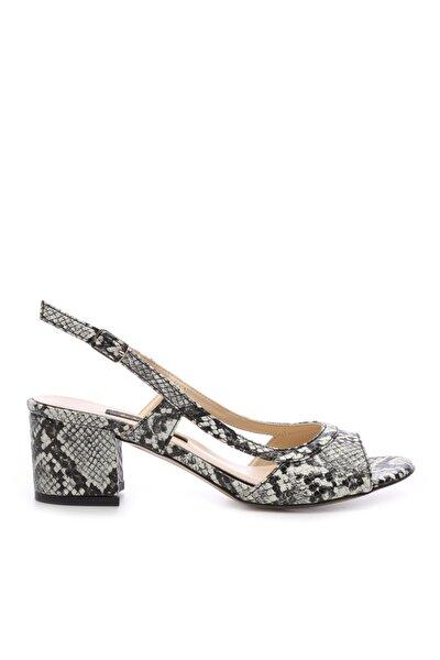 Kadın Siyah Desenli Ayakkabı 592 19763 Bn Ayk Y20