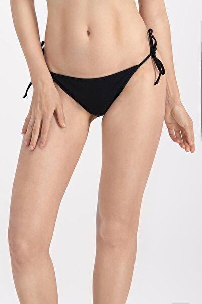 Siyah Ipli Basic Bikini Altı