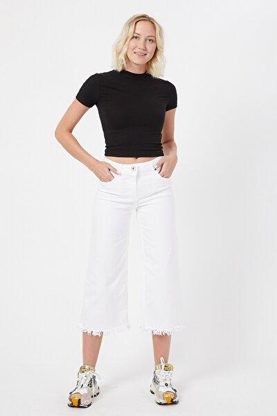 Beyaz Renk Kadın Bol Ve Püsküllü Paçalı Pantolon