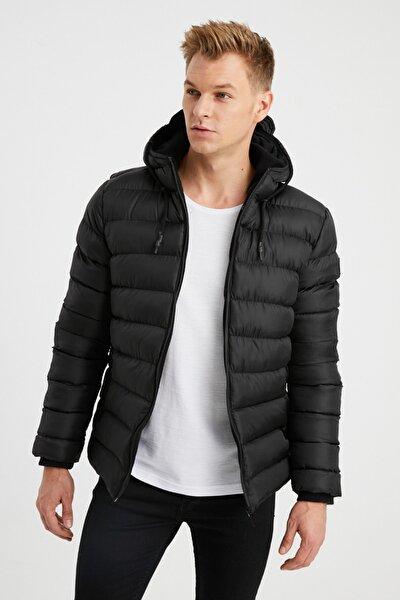 Erkek Siyah Kapüşonlu Polar Astarlı Kalın Şişme Mont 3180