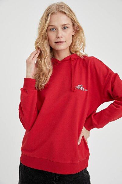 Kadın Kırmızı Kapüşonlu Ön Ve Arka Baskılı Oversize Fit Sweatshirt T8266AZ20WN