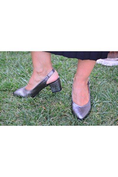 Kadın Gümüş Kalın Topuklu Arkası Açık Ayakkabı