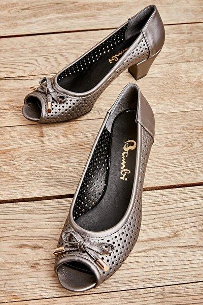 Platin Kadın Klasik Topuklu Ayakkabı L0501484109