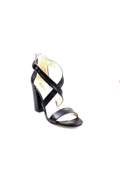 Bayan Topuklu Tek Bant Siyah Sandalet Ayakkabı