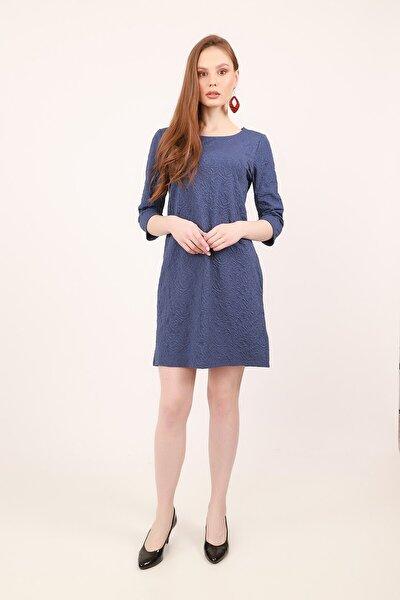Kabartma Desenli Dokuma Elbise